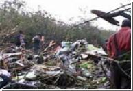 Пропавший в Индонезии Боинг-737 разбился в горах