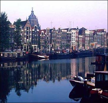 В амстердаме откроется эрмитаж