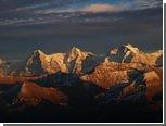 В швейцарских Альпах из-за лавин погибли пять человек