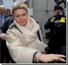 Жена Шумахера попросила журналистов покинуть больницу