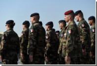 Во Франции решили мобилизовать десять тысяч солдат из-за угроз терактов