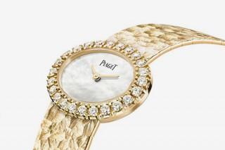 Женщинам предложат часы с бриллиантами в стиле Джеки Кеннеди