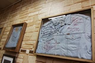 В Петербурге покажут джинсы Макаревича и Розенбаума