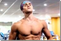 Страдавший из-за насмешек парень с дефектом груди стал моделью