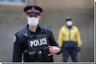 Полицейские под наркотиками сели на измену и вызвали подмогу