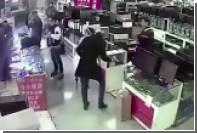 Во рту китайца взорвалась поддельная батарея от iPhone