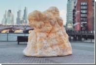 Огромная скульптура из жира заставит англичан похудеть