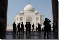 Допуск туристов в Тадж-Махал решили ограничить