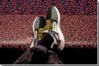 Покупатели кроссовок получат проездной на год