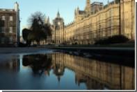 Британские депутаты запаниковали из-за зловония в туалетах парламента