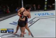 Девушка-боец UFC сломала руку о лоб соперницы