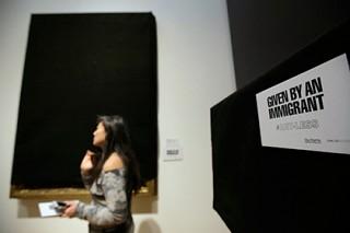 Американский музей сократил экспозицию ради доказательства важности мигрантов