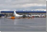В Мурманске пассажирский самолет приземлился с третьего захода