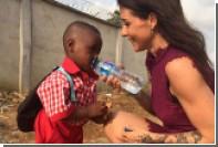 Истощенный нигерийский мальчик со всемирно известной фотографии пошел в школу
