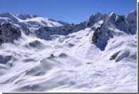 При сходе лавины в Савойе погиб горнолыжник из России