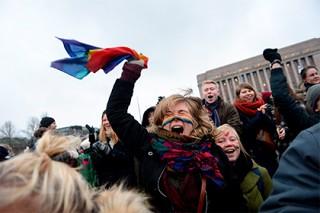 Финский парламент окончательно узаконил однополые браки