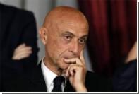 Глава итальянского МВД предложил беженцам поработать бесплатно
