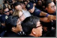 На Филиппинах арестовали критиковавшую Дутерте сенатора