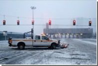 На Нью-Йорк обрушился сильный снегопад