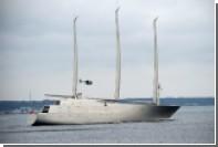 Крупнейшую в мире яхту российского миллиардера арестовали в Гибралтаре