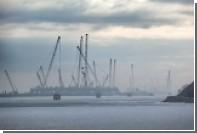Строители начали сборку арочных сводов моста в Крым