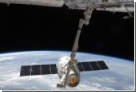 Корабль Dragon пристыковался к МКС с опозданием на сутки