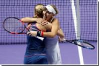 Макарова и Веснина выиграли теннисный турнир в Дубае