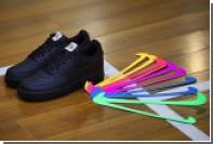 Любителям кроссовок Nike предложили клеить «свуши»