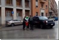 Итальянец обстрелял чернокожих мигрантов и начал зиговать