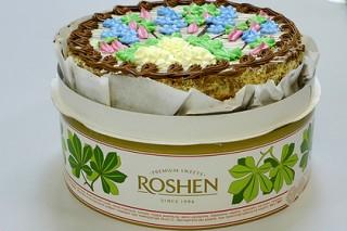 Компания Порошенко объявила монополию на «Киевский торт»