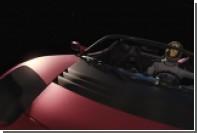 Илон Маск показал летающий Tesla Roadster