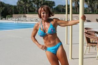 Поклонница фитнеса рассказала о пользе спорта в 70-летнем возрасте