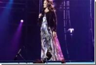 София Ротару упала на пианиста во время концерта в Киеве
