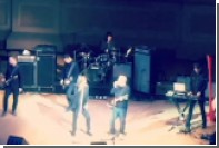 Игги Поп спел песню Иэна Кертиса с бывшими участниками Joy Division