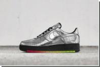 Nike посвятил кроссовки Элтону Джону