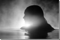 Джеймс Блейк выпустил музыкальный клип с беременной Натали Портман