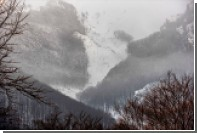 Лавина во французской Савойе накрыла несколько лыжников
