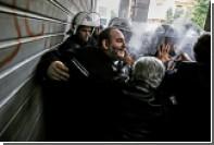 В Афинах произошли стычки медработников с полицией