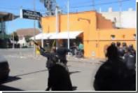 Полиция обстреляла не уехавших после концерта аргентинцев