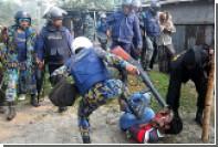 В Бангладеш произошло столкновение между полицией и демонстрантами