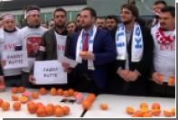 Турки напились апельсинового сока из ненависти к голландцам