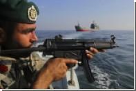 Иранские корабли в Ормузском проливе перехватили судно ВМС США