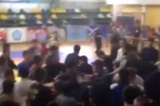 Зрители устроили драку на бойцовском турнире в Дагестане