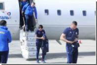 Самолет с футболистами сборной Казахстана экстренно сел в Ереване
