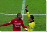 Мексиканский судья показал три красных карточки за 30 секунд