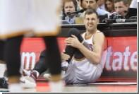 Австралиец сломал ногу через 58 секунд после дебюта в составе команды НБА