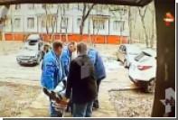 Появилось видео с места падения Василия Степанова из окна дома