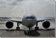 United Airlines заключила мировое соглашение с пострадавшим врачом