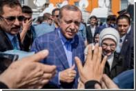 СМИ сообщили о возвращении Эрдогана на пост председателя правящей партии