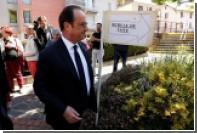 Олланд взгрустнул во время голосования из-за неучастия в выборах президента